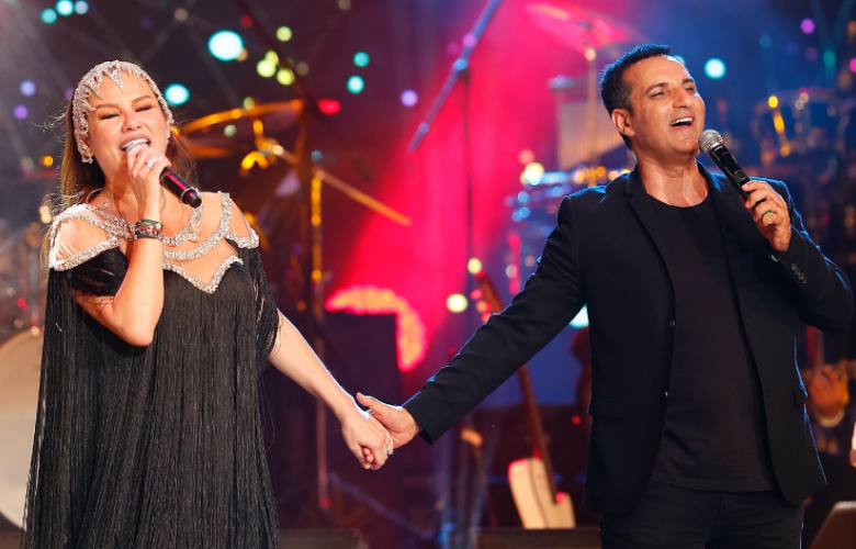 Harbiye'de muhteşem düet! Deniz Seki ve Rafel El Roman ilk defa aynı sahneyi paylaştılar