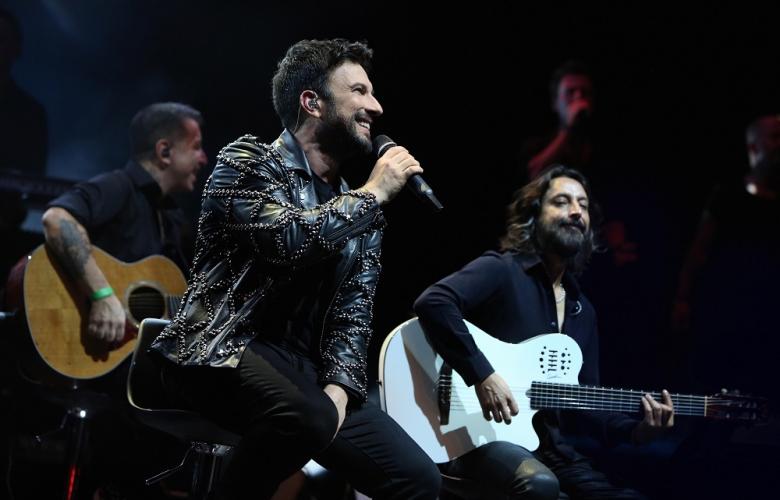 Megastar Tarkan'ın Avrupa Turnesi Londra konseri ile başladı