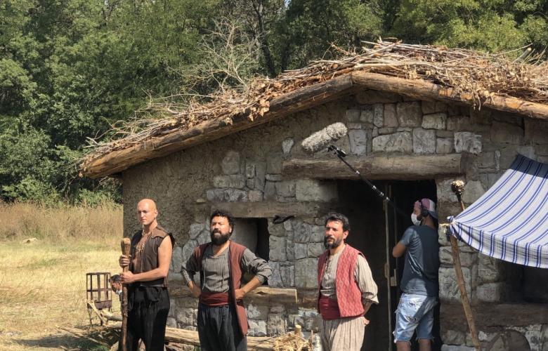 """""""Hakikat"""" filmi için 5 bin m2 alana köy kuruldu..."""