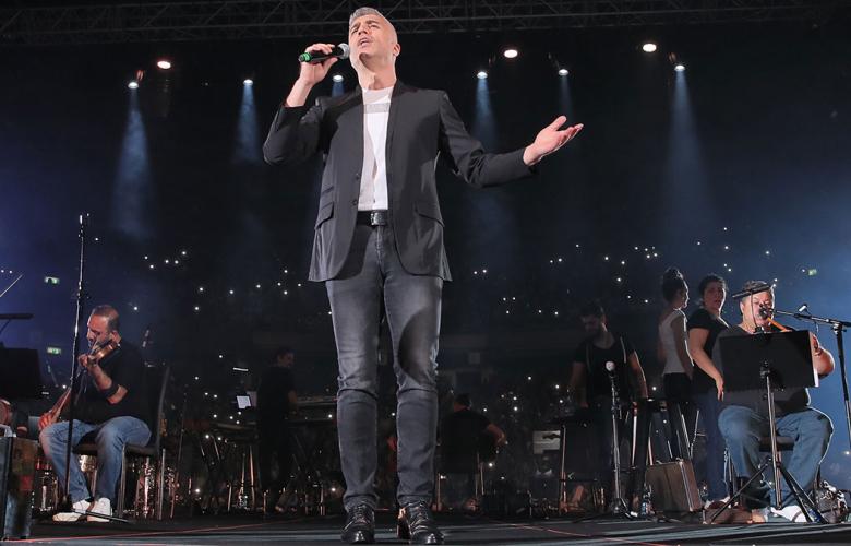 Özcan Deniz'in biletleri 300 dolardan satıldı!