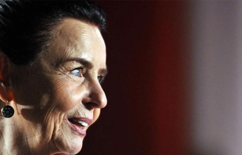Fatma Girik, 50 yıldır kendisini takip eden hayranından şikâyetçi oldu