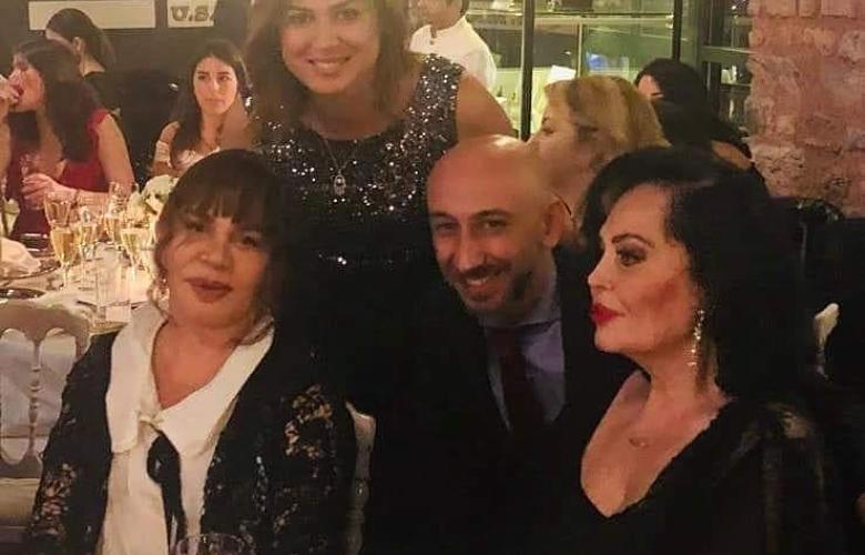 ÖZEL HABER Türkan Şoray ve Sezen Aksu aynı masada!