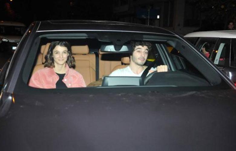 Büşra Develi ile Burak Deniz çifti, otomobilden motosiklete geçiş yaptı