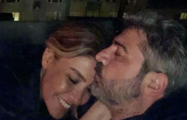 Gülben Ergen ve Burak Törer aşkın fotoğrafını paylaştılar!