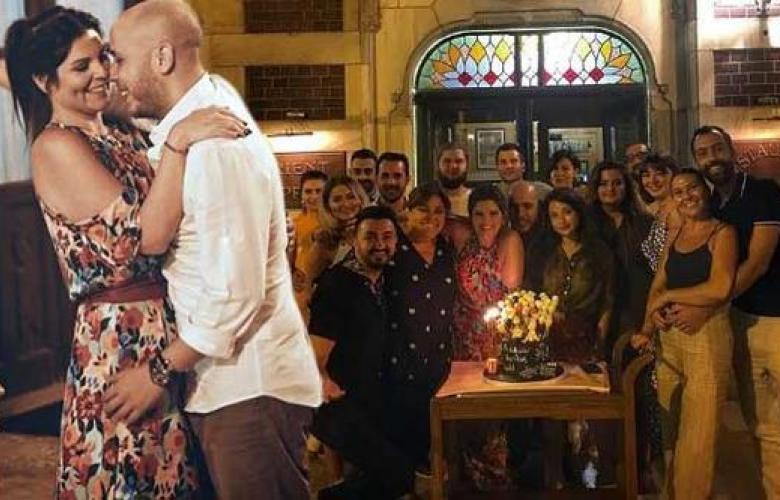 Pelin Öztekin'e sürpriz parti