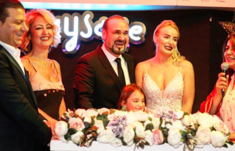 Hakan Aysev 6'ncı kez evlendi