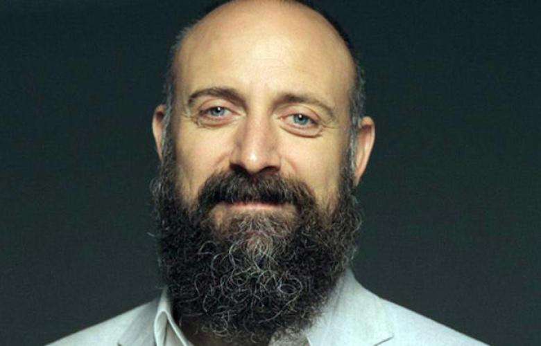 Yıllar sonra sakalsız! İşte Halit Ergenç'in yeni imajı...