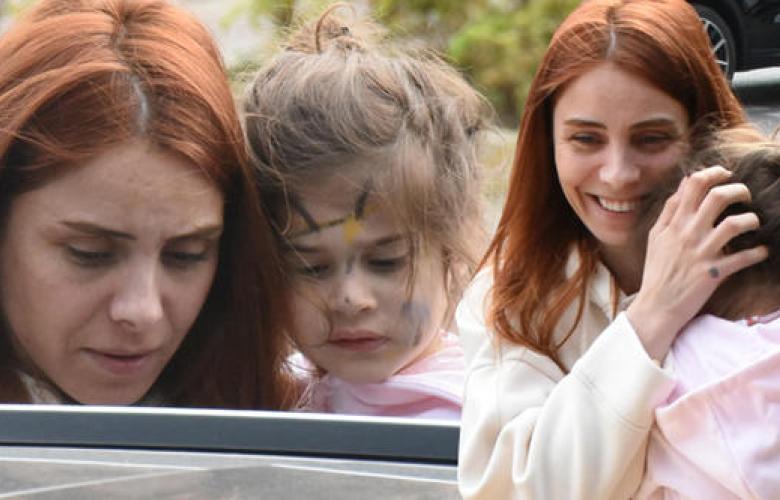 Nur Fettahoğlu kızıyla görüntülendi