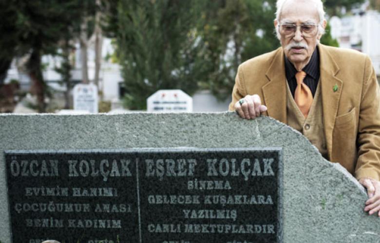 Eşref Kolçak, eşi ve oğlu Harun Kolçak'ın mezarına defnedilecek