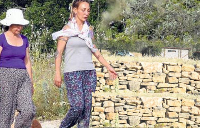 Ünlü şarkıcı Özlem Tekin 17 dönüm arazi almıştı! Köy hayatını alıştı...