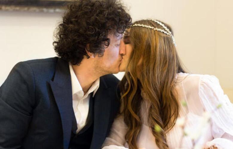 Genç oyuncu evlendi!