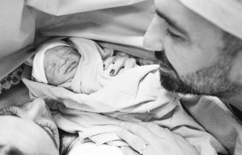 """Aslıhan Doğan Turan'dan duygusal mesaj: """"Babanın sana anlatacağı bir doğum hikayen var"""""""