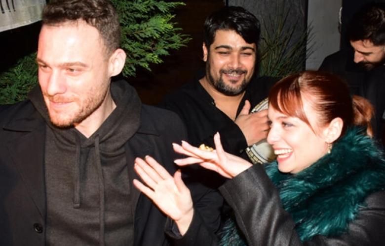 Kerem Bürsin ile Nilperi Şahinkaya'ya 5 saat yetmedi, eğlence sokağa taştı!