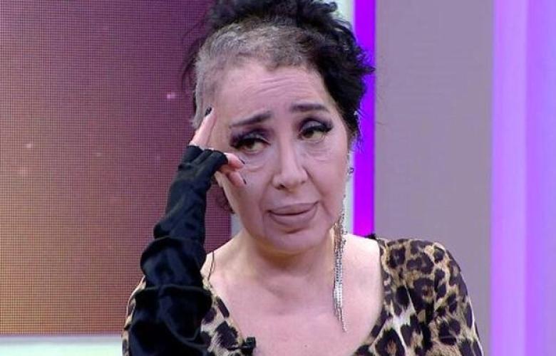Ünlü modacı Nur Yerlitaş hayatını kaybetti