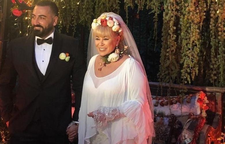 SON DAKİKA! Zerrin Özer evlendi!