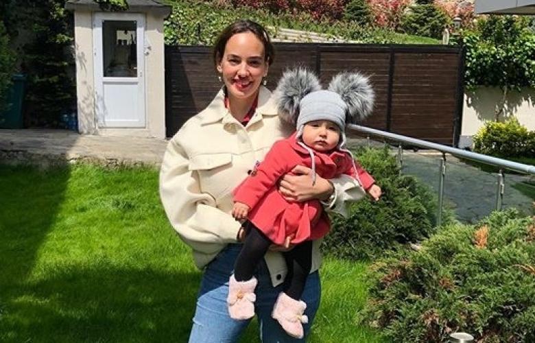 Seda Bakan ve kızının birlikte ilk 23 Nisan'ları...