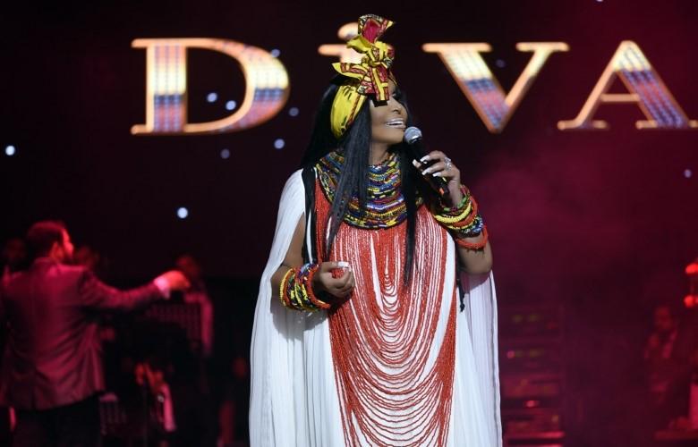 Bayramda Kıbrıs'da Diva İzdihamı