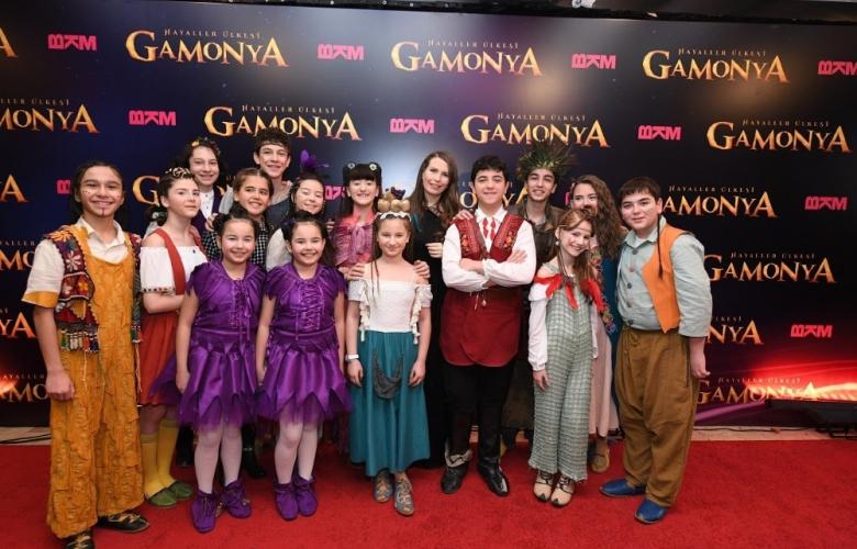 """""""Gamonya""""nın sihirli dünyası kapılarını şenlikli bir gala ile açtı"""