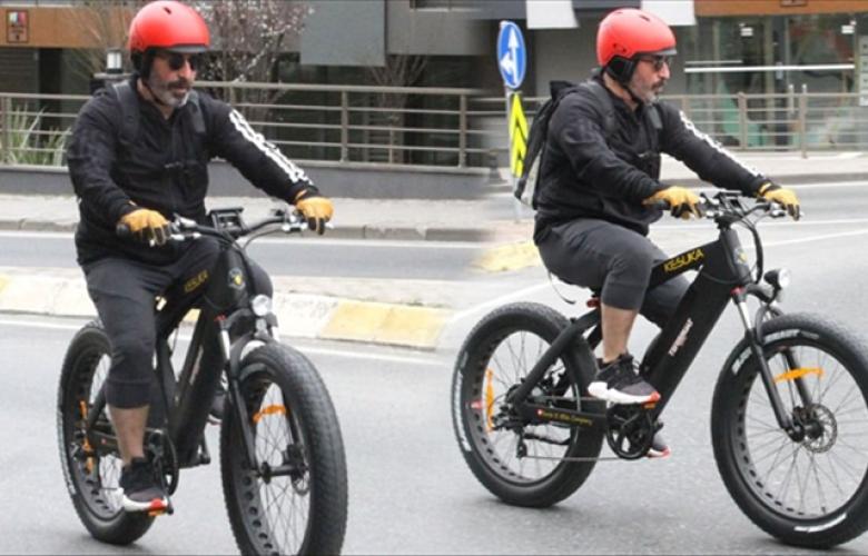 Cem Yılmaz'ın bisiklet turu