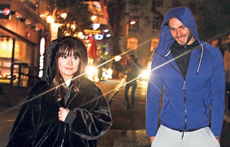 Adı uzun zamandır 'Yasak Elma' dizisindeki partneri Onur Tuna'yla anılan Sevda Erginci'nin, gerçek aşkı ortaya çıktı.