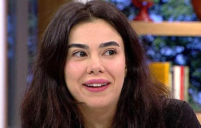 """Asena Atalay, popçu Gülşen'e """"anneanne"""" dedi"""