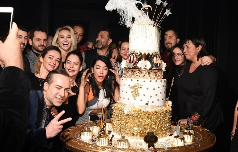 Hande Yener'den yeni yaş kutlaması