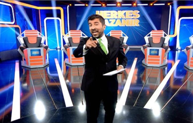 Show TV'de yayınlanan program, canlı yayın esnasında yayından kaldırıldı...