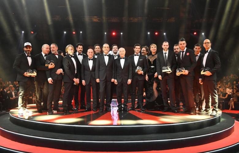 """GQ Türkiye """"Men Of The Year 2017"""" Ödülleri muhteşem bir törenle sahiplerini buldu"""