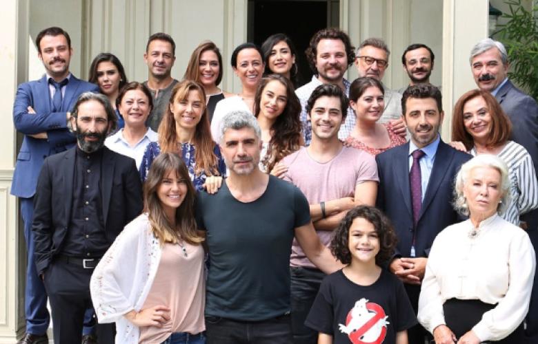 İstanbullu Gelin'in ünlü oyuncusu eşinden boşandı!