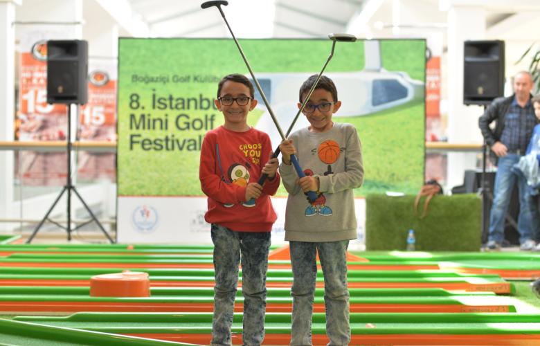 1500 çocuk mini golfle tanıştı