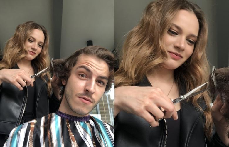 Rol arkadaşının saçlarını kesti