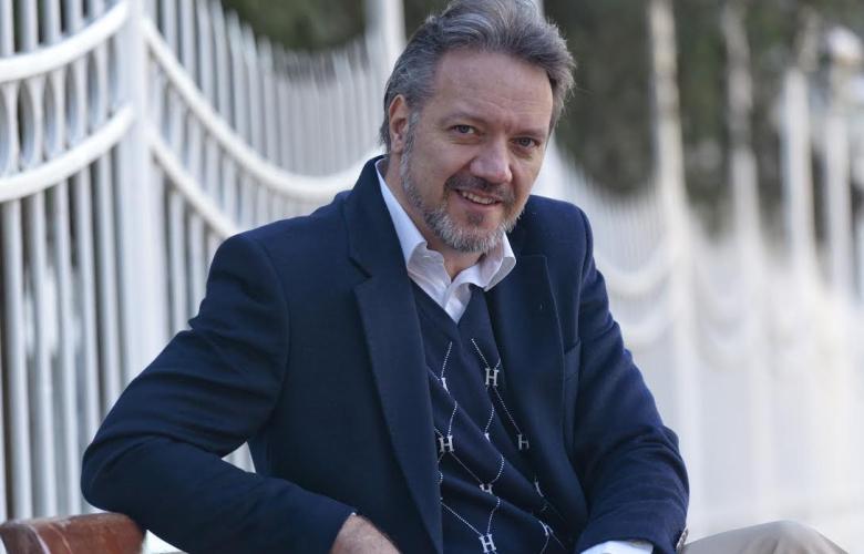 """Murat Serezli """"Özgür Dünya"""" ile şaşırtacak"""