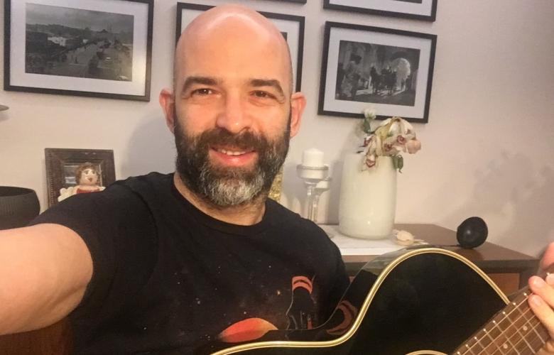 Murat Evgin istek şarkıları söyledi