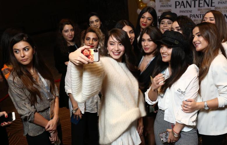Neslihan Atagül Azerbaycan'da
