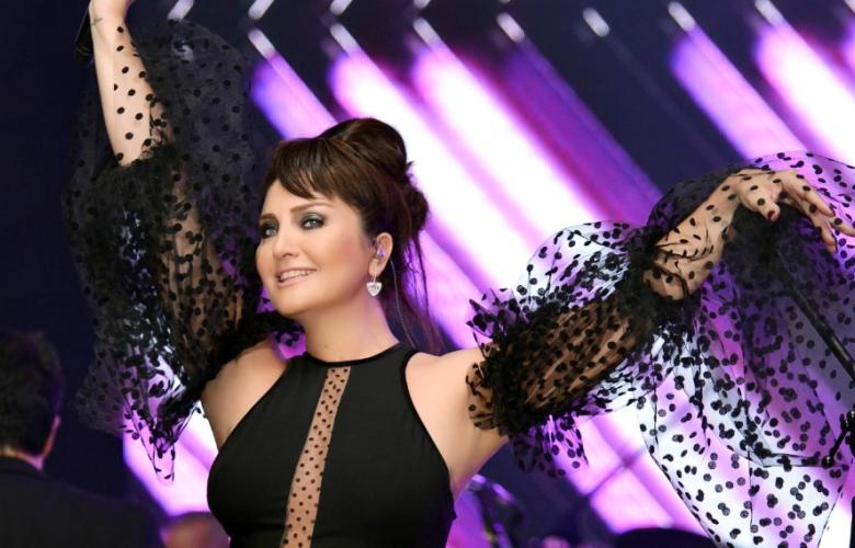 Sibel Can, 'Yeni Aşkım' şarkılarıyla bayram sahnesinde!