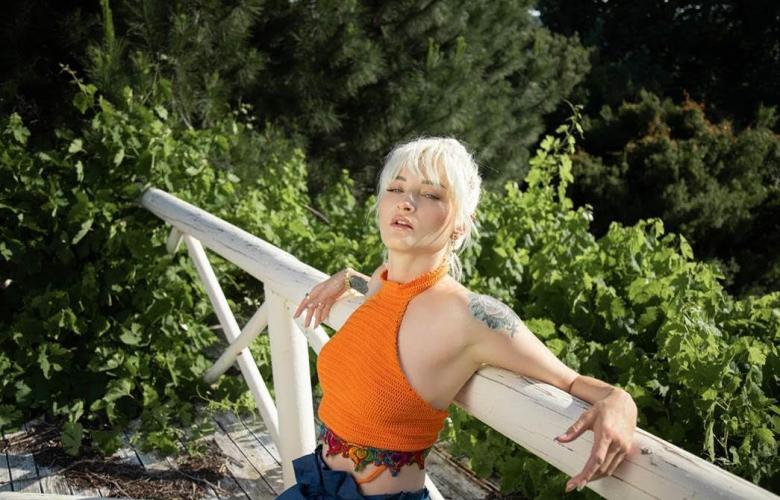Güliz Ayla'dan ilk cover:  Yıldız Tilbe şarkısı!